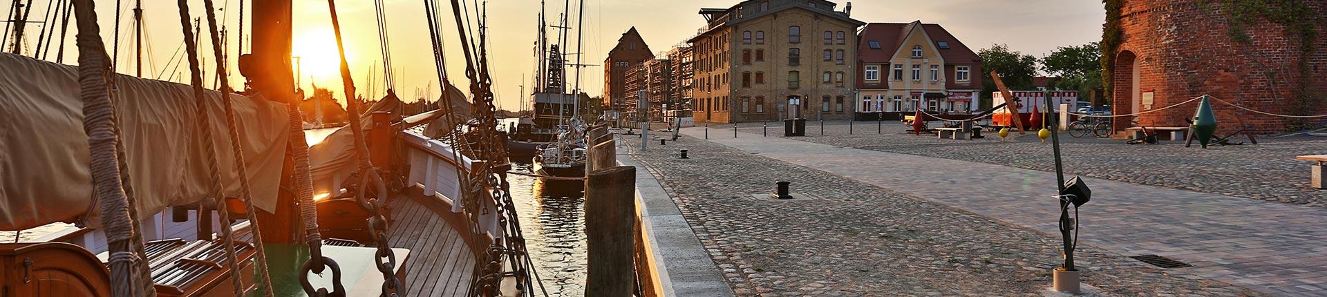 Museumshafen & Fangenturm